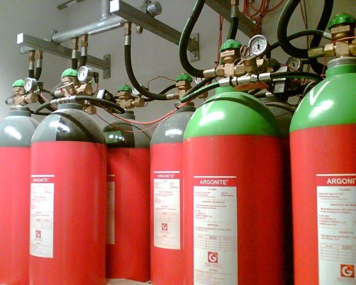 Bình chứa khí CO2 và phụ kiện